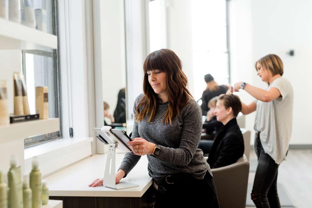 Kurs za ženskog frizera cena